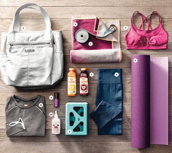 pack-perfect-yoga-bag-essentials-600